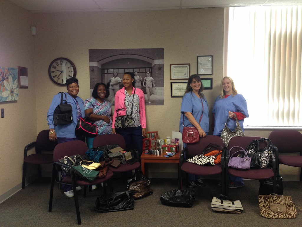Ross Medical Education Center Madison Heights Students Give to Handbags of Hope