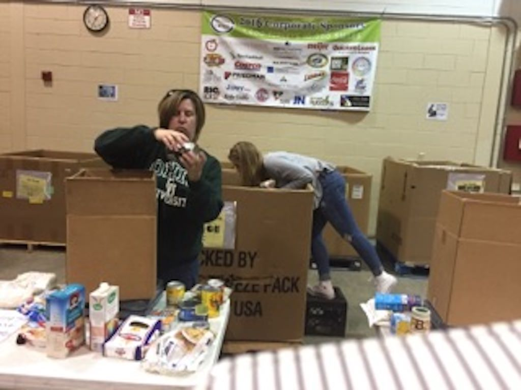 Ross Medical in Madison Heights Joins Gleaners to End Hunger