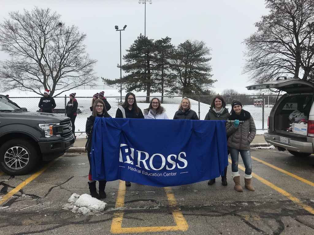 Ross Medical in Midland Joins Annual Midland Santa Holiday Parade