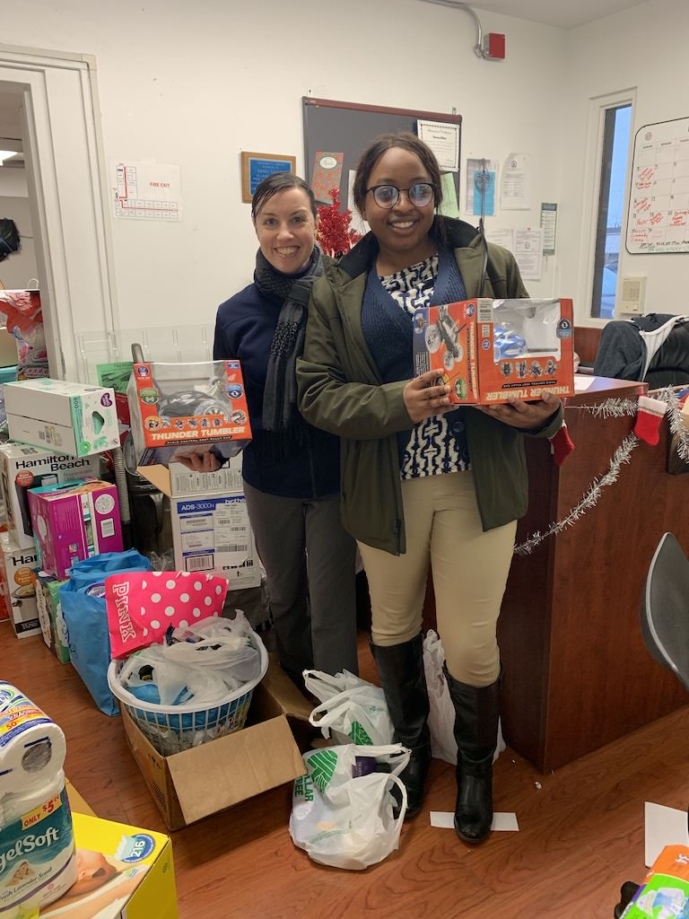 Ross Medical in Elyria Hosts Christmas Drive for Haven Center