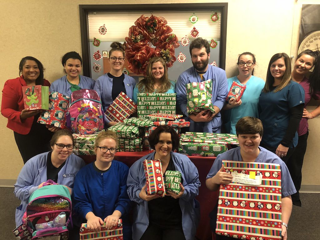 Ross Medical in Owensboro Gives Christmas Gifts to Local Kids