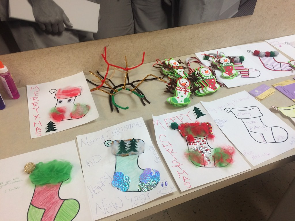 Ross Medical Education Center Dayton Makes Christmas Decorations for Bella Care Hospice