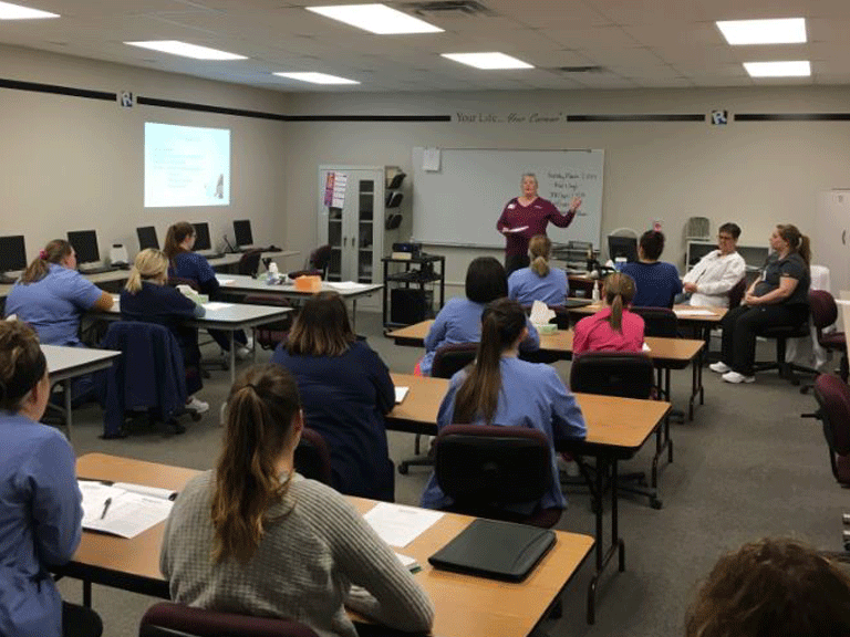 Local Employer Offers Career Preparation Guidance to Ross Students